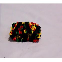 Bracelet à perles vert jaune rouge et bois noir