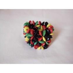 Bracelet vert jaune rouge noires à petites perles