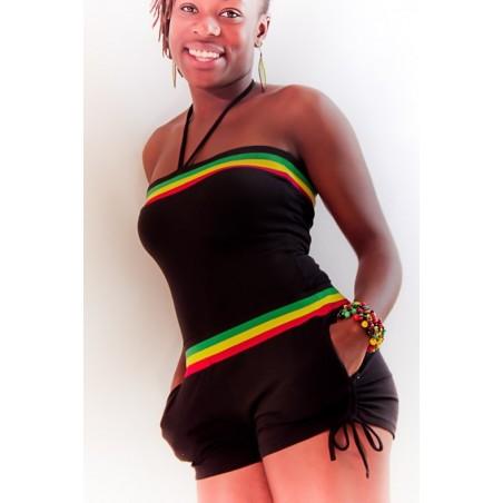 Combinaison short noir pour femme avec borcote vert jaune rouge et poches sur les cotés